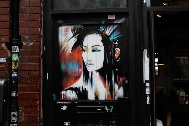street-art-londres-geisha