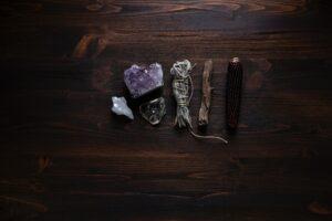 cristaux-sorcellerie-sorcieres