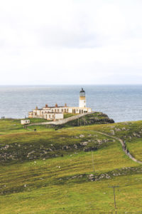 lighthouse-isle-of-skye-ecosse