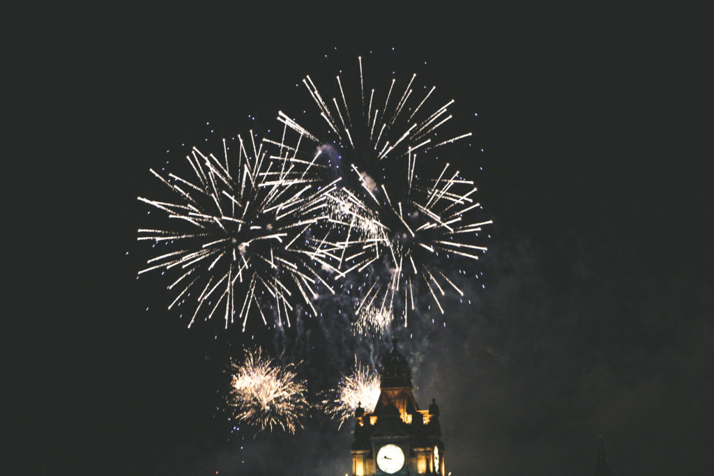 Feu d'artifice Calton Hill Edimbourg Août 2020