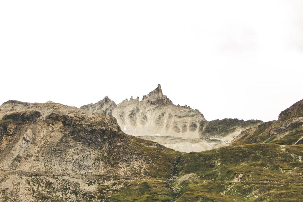 Montagne près du lac de la Sassière