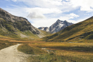 randonnee lac de la sassiere val d Isère